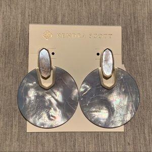 NWT Kendra Scott Disk Earrings